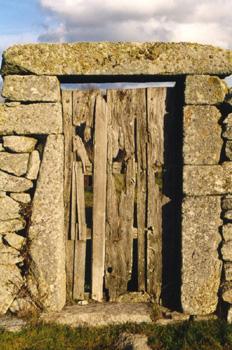 Portillo con dintel en la Comarca de Sayago