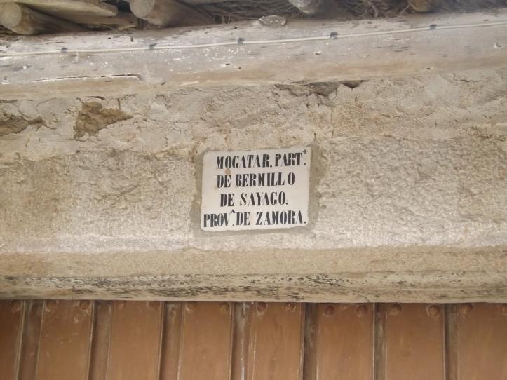 Mogatar. entrada