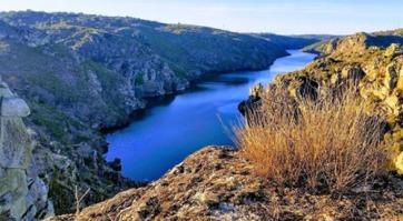El Duero desde el Mirador de la Poyata / Josinnas Leal