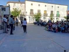 Los tamborileros en medio de la actuación / Foto: L.N.