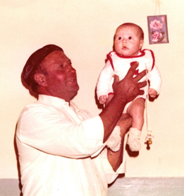 abuelo antonio con nines en brazos, bermillo de sayago