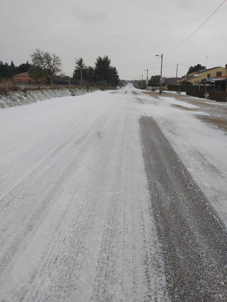 nieve en la comarcal 527 de Zamora a Bemposta pasando por Bermillo de